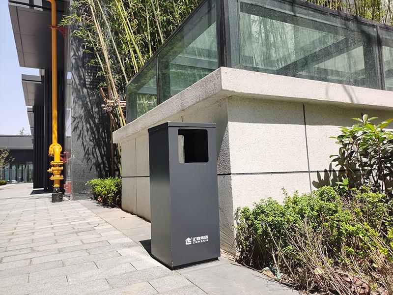 户外不锈钢垃圾箱